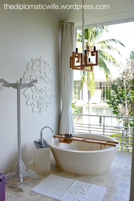 Sala Phuket Resort Deluxe Balcony - bath tub