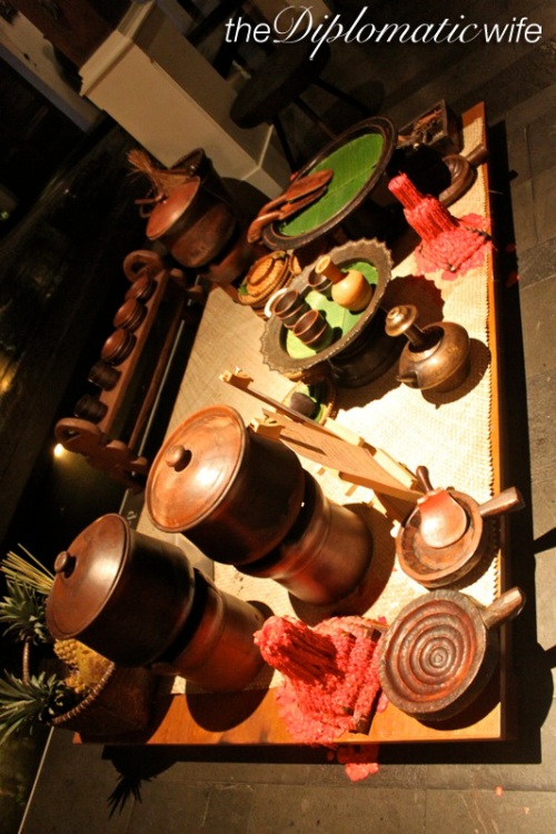 By the entrance they ha this interesting display of local cookware and pottery